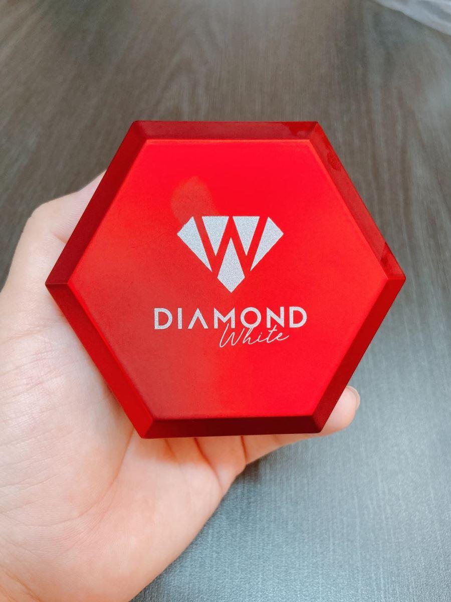 VIÊN UỐNG DƯỠNG TRẮNG DA DIAMOND WHITE NGOC TRINH